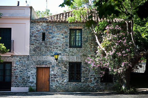 Colonial casa de pedra em Colonia Del Sacramento, Uruguai - foto de acervo