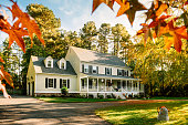istock Colonial Style House 1284097677
