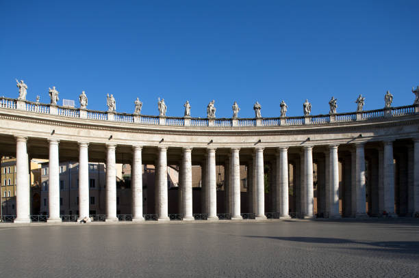 Colonnade – Foto