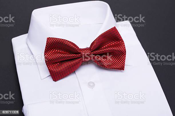 Color bow tie isolated on black background picture id628711328?b=1&k=6&m=628711328&s=612x612&h=m5sn kbhtontu0luvozikwvtcsh8nzb9queqmadrfcu=