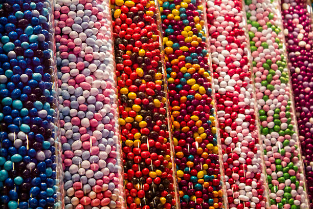 farbe süßigkeiten - marinekuchen stock-fotos und bilder