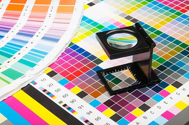 color management in print production - farbiges glas stock-fotos und bilder