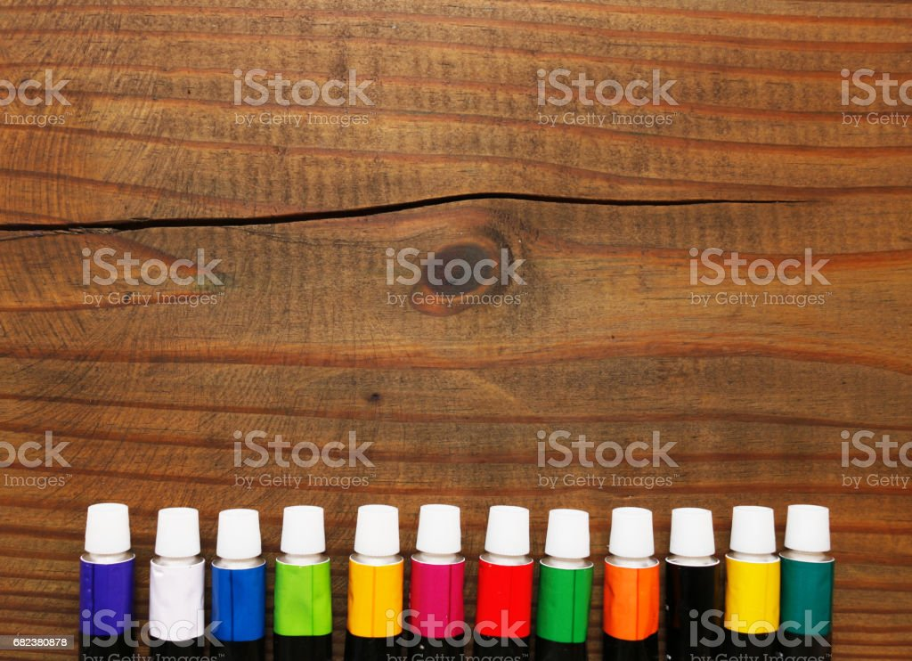Color paints on wood background foto stock royalty-free