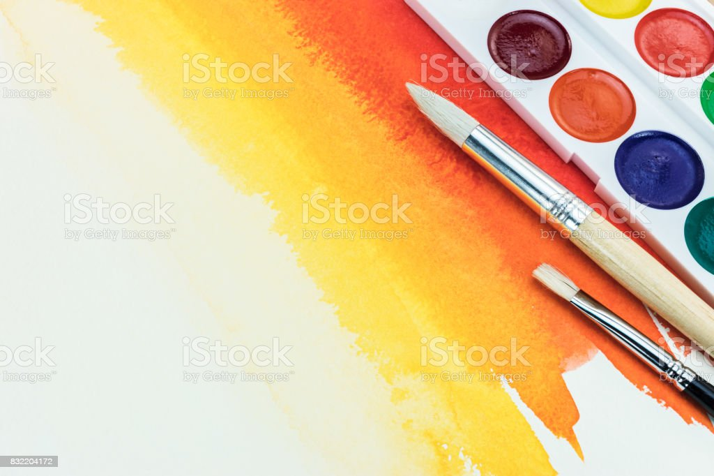 Palette De Couleurs Avec Différents Types De Pinceaux Sur Fond