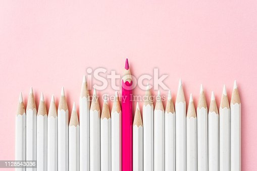 istock color pencil with leadership, teamwork concept 1128543036