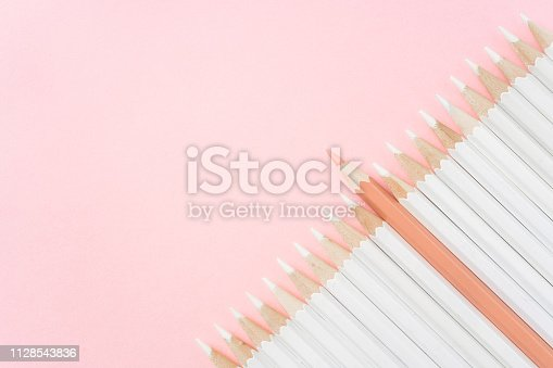 1138523356 istock photo color pencil with leadership, teamwork concept 1128543836