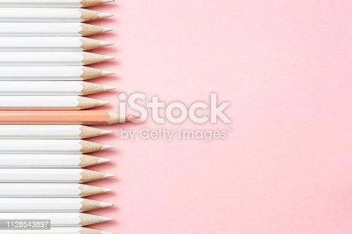 1138523356 istock photo color pencil with leadership, teamwork concept 1128543897