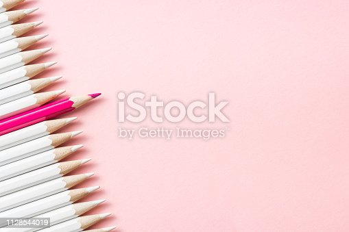 istock color pencil with leadership, teamwork concept 1128544019