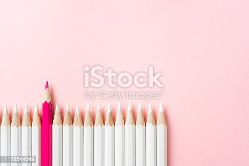1138523356 istock photo color pencil with leadership, teamwork concept 1128544049