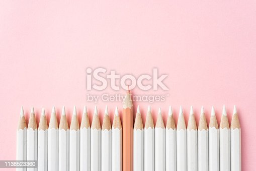 1138523356 istock photo color pencil with leadership, teamwork concept 1138523360