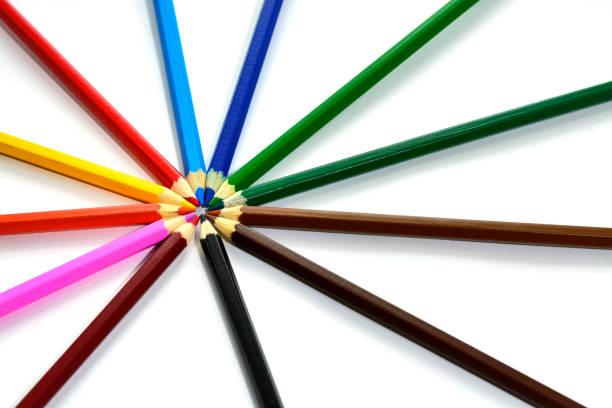 Farbe Stifte auf weißem Hintergrund – Foto