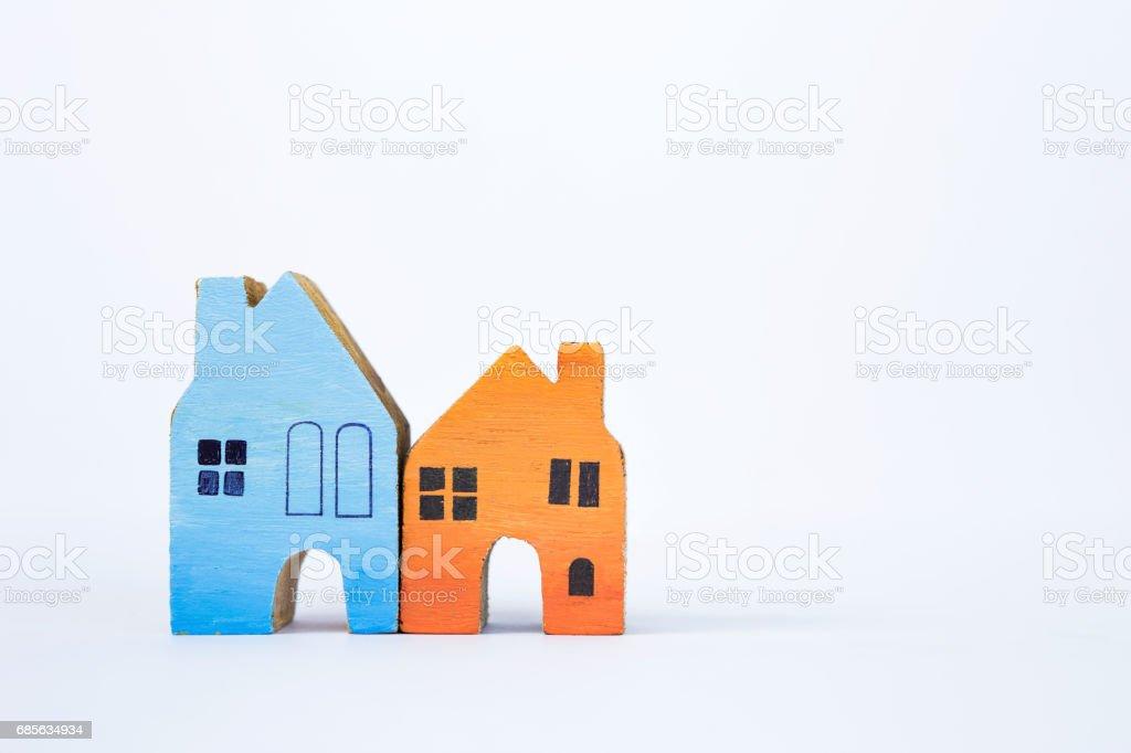 흰색 바탕에 색 나무 모델 하우스 royalty-free 스톡 사진