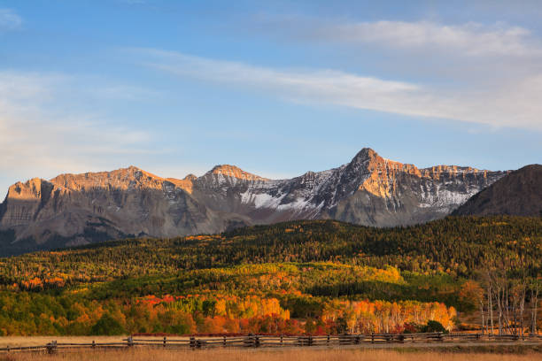 Colorado Autumn Scenery - The San Juan Mountains near Last Dollar Road Autumn Scenery in the Rocky Mountains of Colorado - The San Juan Mountains in Autumn san juan mountains stock pictures, royalty-free photos & images