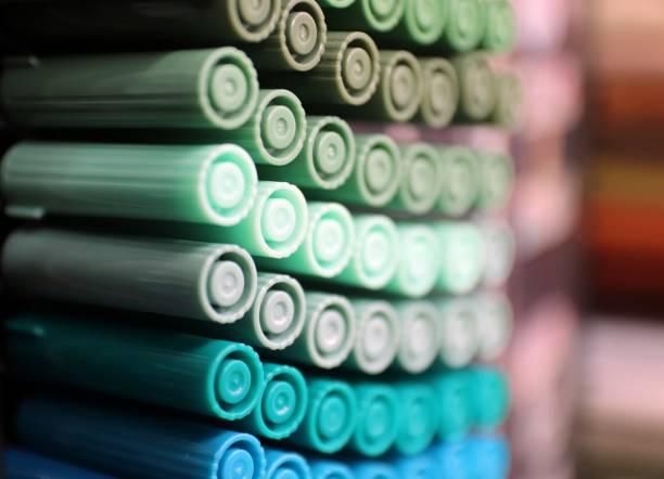 farbige textmarker - pastellstifte stock-fotos und bilder