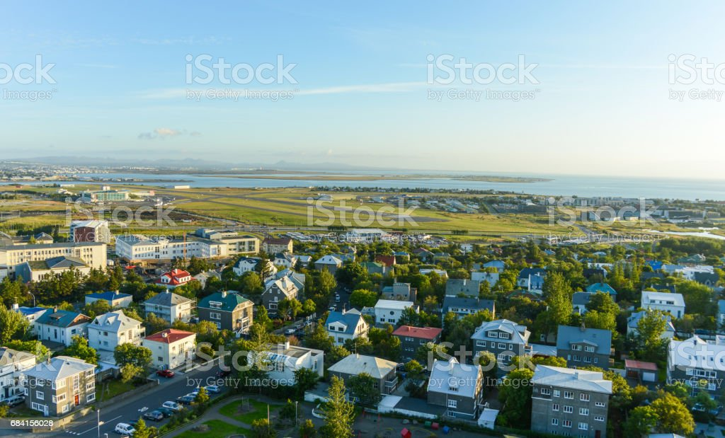 colored rooftops in rekjavik foto stock royalty-free