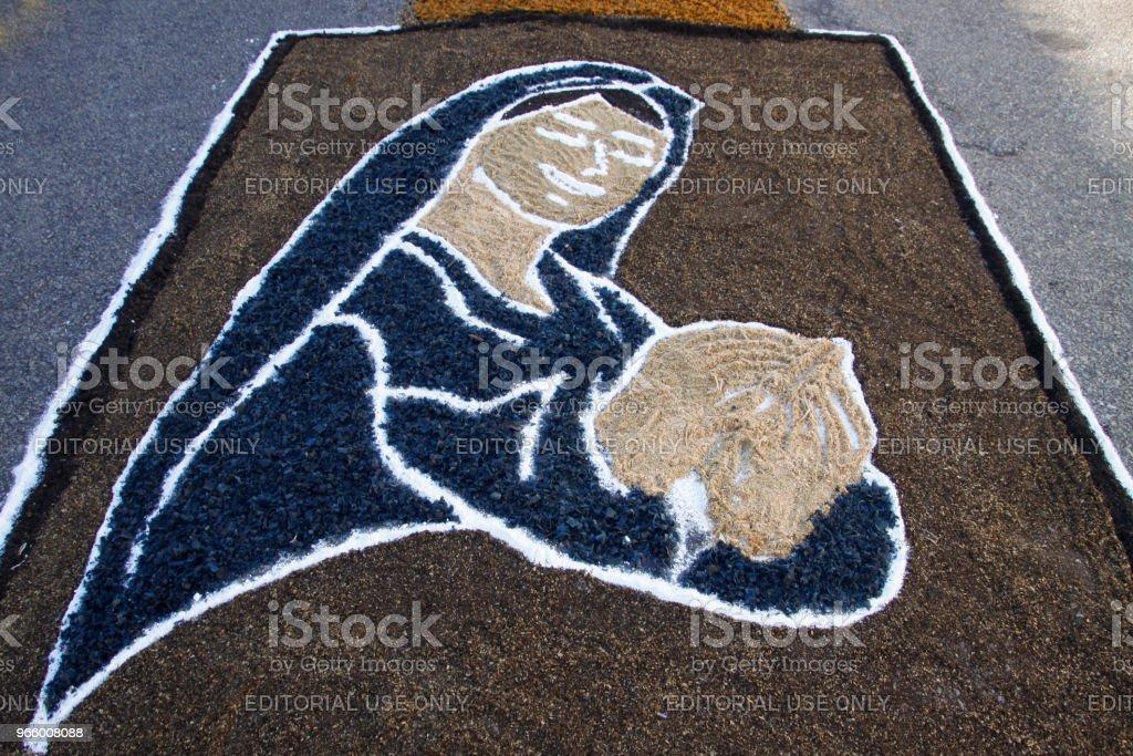 Farbigen Teppich von katholischen Gläubigen zur Fronleichnams-Prozession - Lizenzfrei Aufopferung Stock-Foto