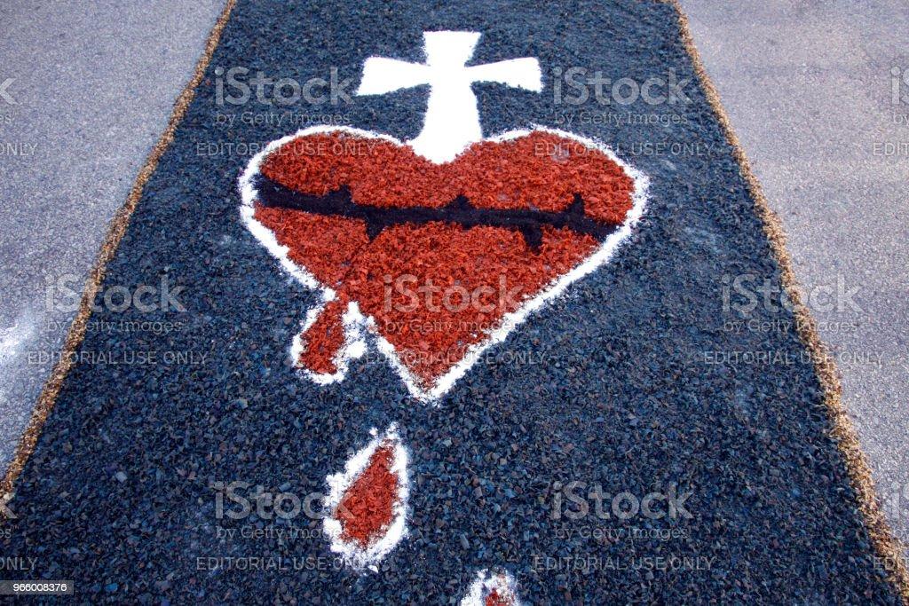 Gekleurde deken door katholieke gelovigen voor Corpus Christi processie - Royalty-free Bidden Stockfoto