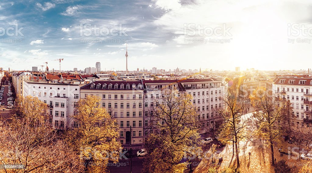 colorful autumn Berlin cityscape seen from tower of the zionskirche – Foto