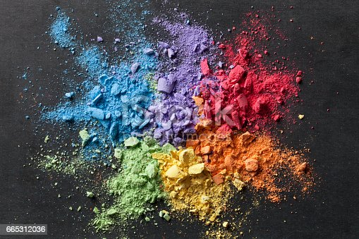 istock Colorful background of chalk powder 665312036