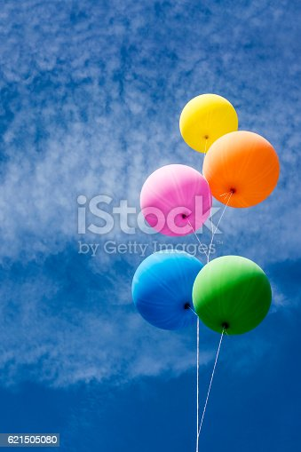 945748362 istock photo Colorful Balloons Bunch 621505080
