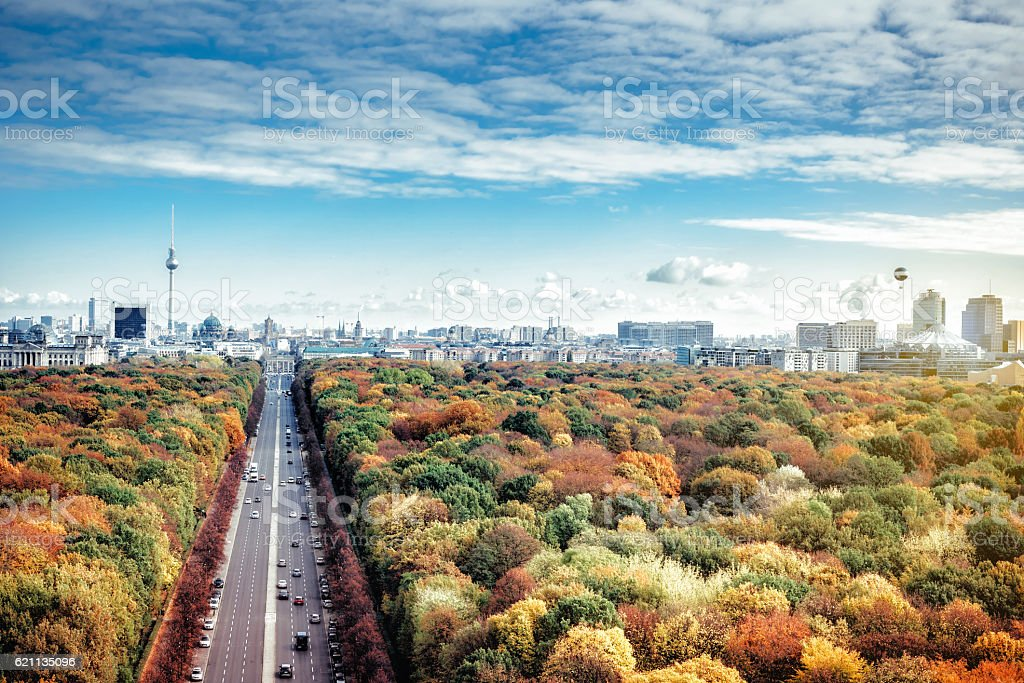 colorful Berlin skyline with tv-tower, tiergarten and Potsdamer Platz – Foto