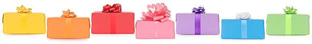 bunte grenze von geschenken - foto collage geschenk stock-fotos und bilder