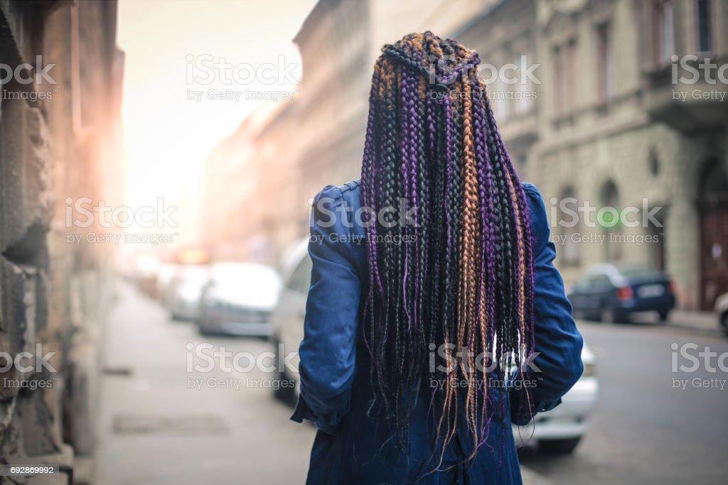 Bunte, geflochtenes Haar – Foto
