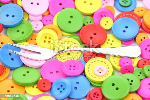istock Colorful buttons 175547546