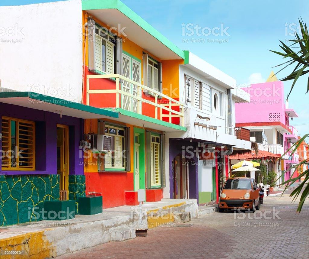 カラフルなカリブの家屋トロピカルアイラマジャーズ - カラフルのロイヤリティフリーストックフォト