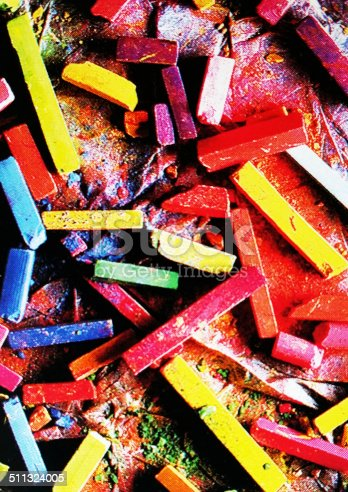 623300522 istock photo Colorful chalk pastels 511324005