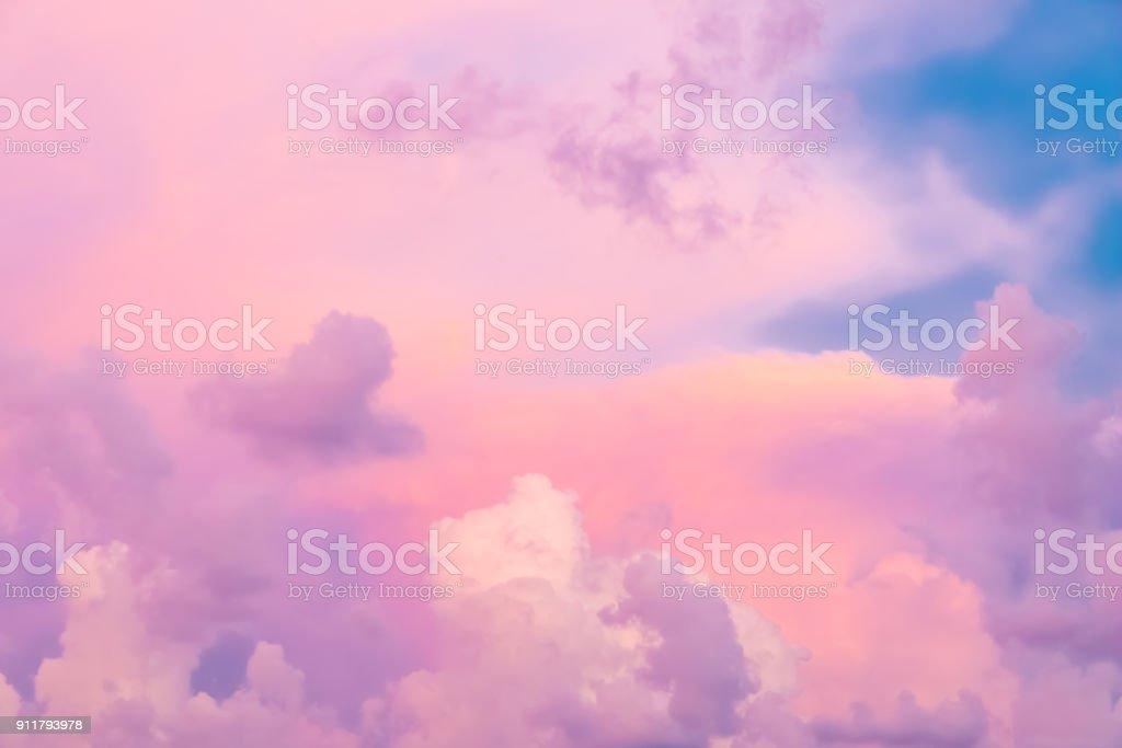 Bunte Wolken am Himmel Sonnenuntergang, Natur Hintergrund – Foto