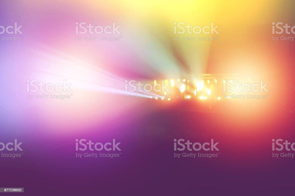 五顏六色的音樂會燈光顯示, 放映機的舞臺燈光。圖像檔