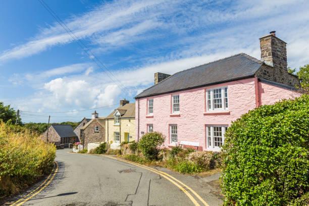 Kleurrijke huisjes in Pembrokeshire, Wales, UK foto