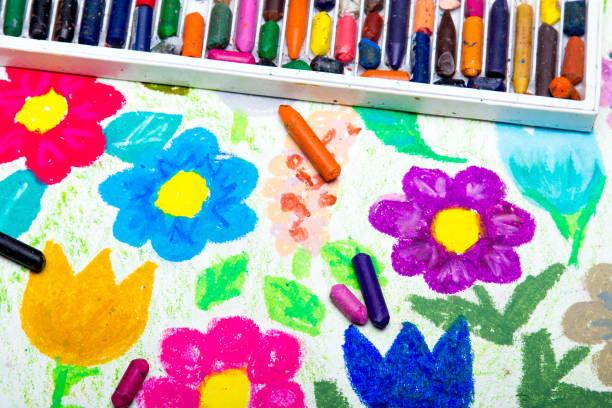 Colorful drawing beautiful flowers picture id685217852?b=1&k=6&m=685217852&s=612x612&w=0&h=b3ykg8enwyj8a6yuapapcykliixsf7zcm0zjijewv7c=