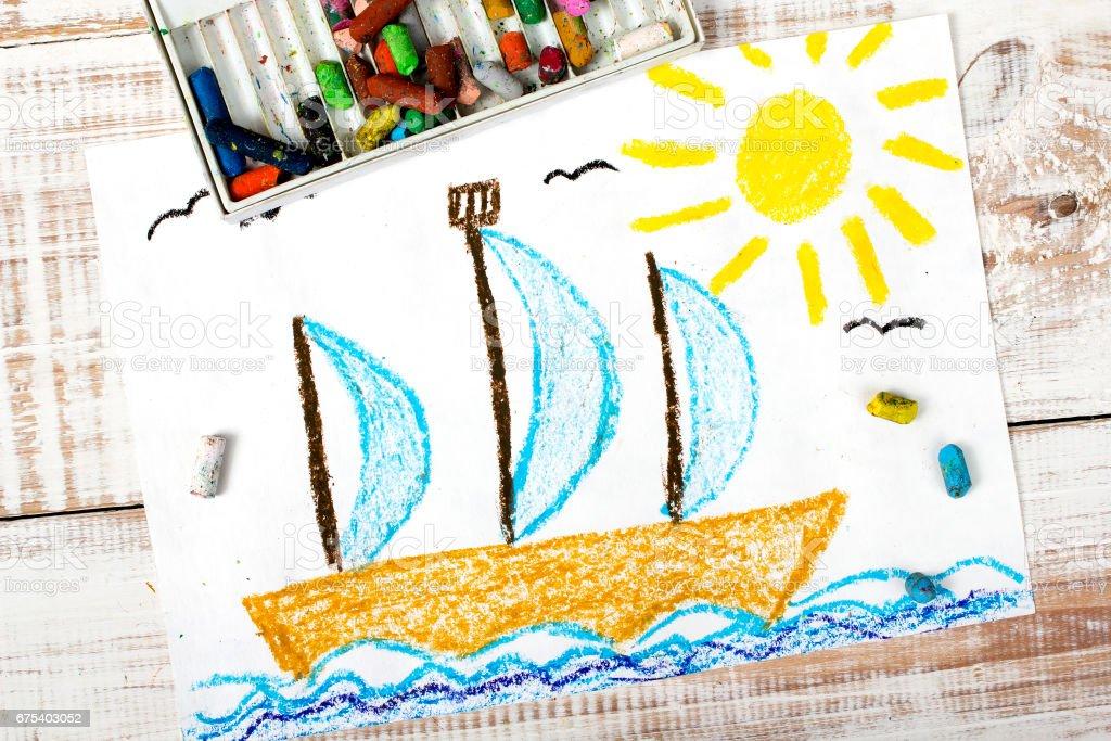 Dessin coloré: Bateau à voile sur la mer photo libre de droits