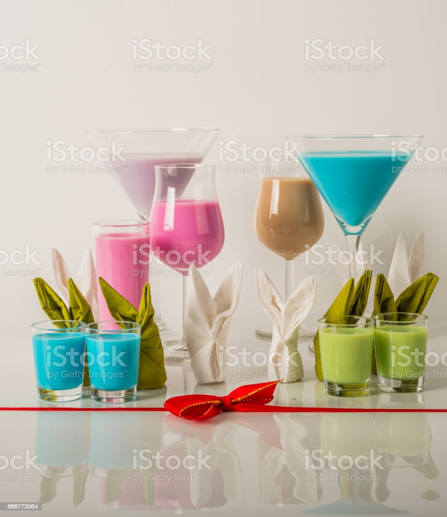 Colorful drinks based on milk liqueurs, unique pastel colors of drinks foto stock royalty-free