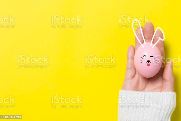 Colorful easter eggs on yellow background picture id1137961799?b=1&k=6&m=1137961799&s=612x612&h=ak5aw7f  5 ckgays 8lhq3j99xcdxaqb5i6xw 4zxe=