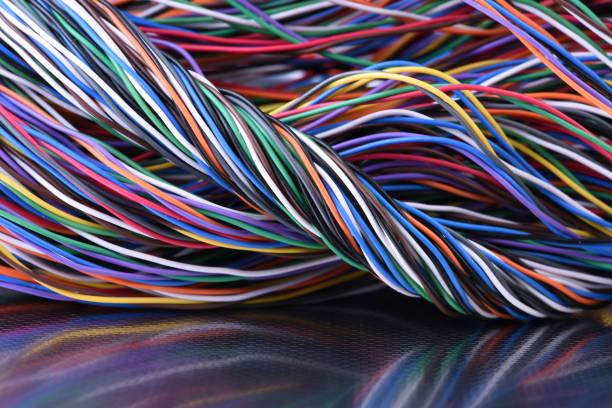 bunte elektrische kabel - metalldraht stock-fotos und bilder