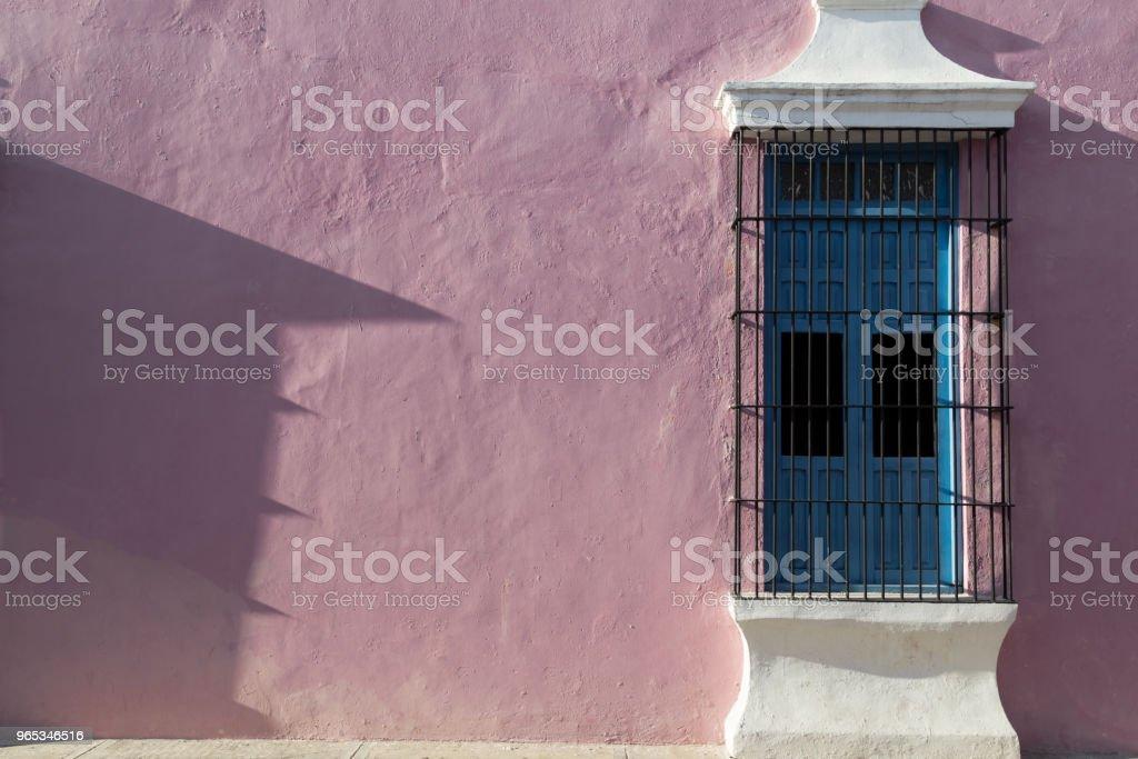 다채로운 빈 식민지 거리 캄페체의 역사적인 센터에서. - 로열티 프리 0명 스톡 사진