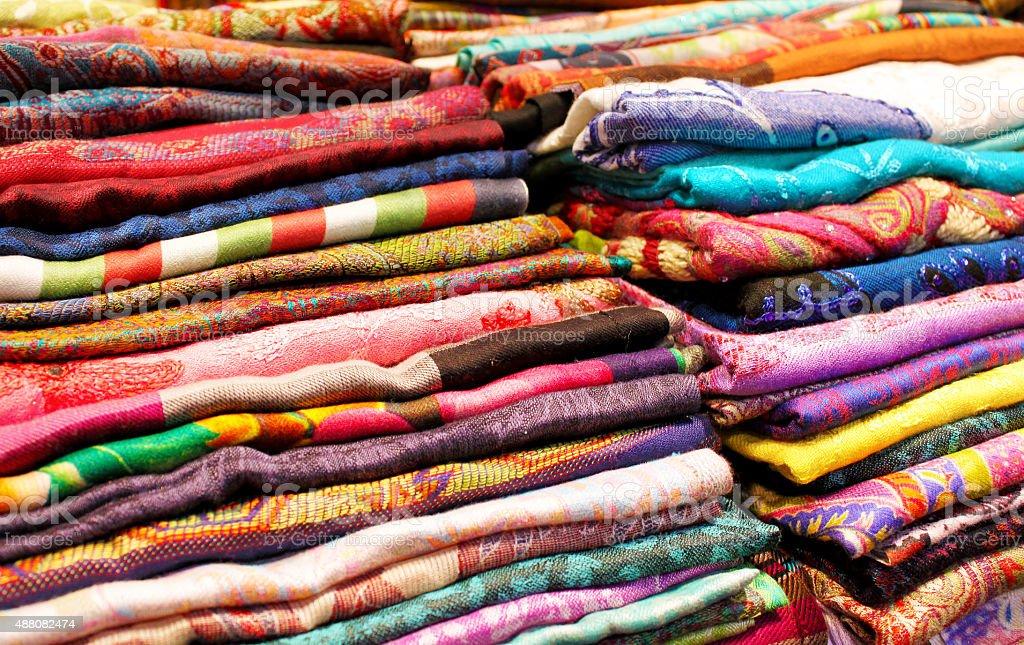 Colorido telas y textil primer plano de fondo. - foto de stock