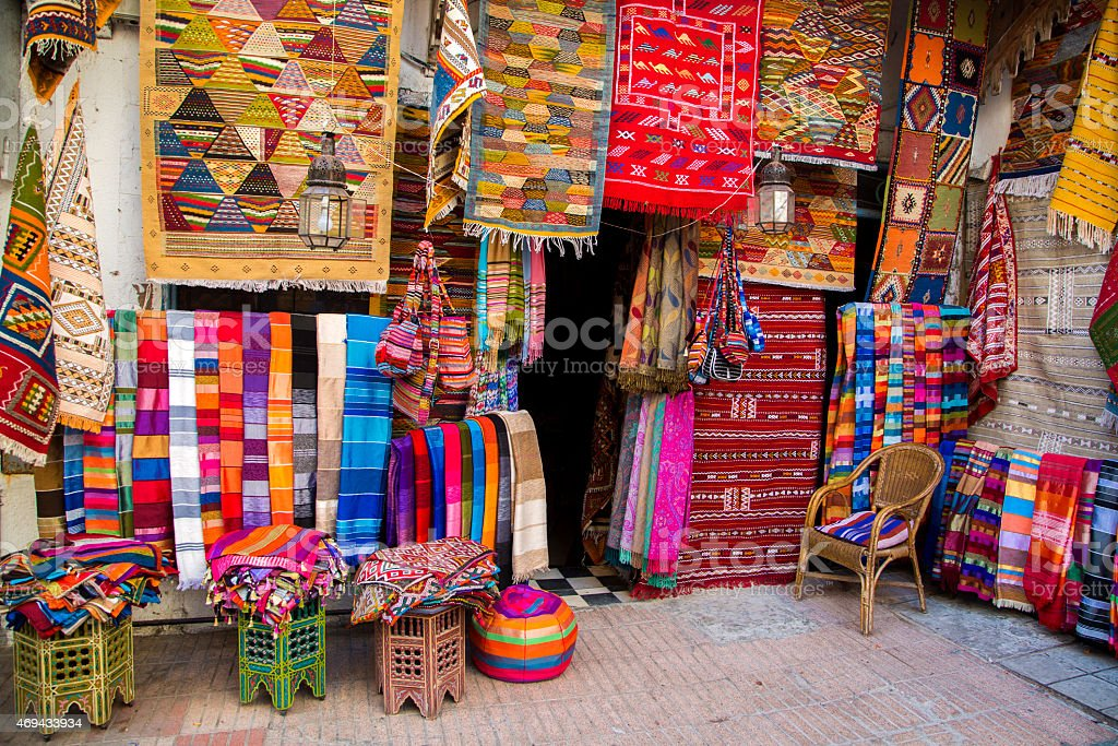 Colorful fabrics on the Agadir market in Morocco​​​ foto