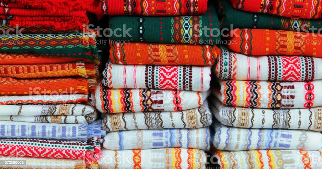 Colorful fabrics with traditional Bulgarian embroidery foto