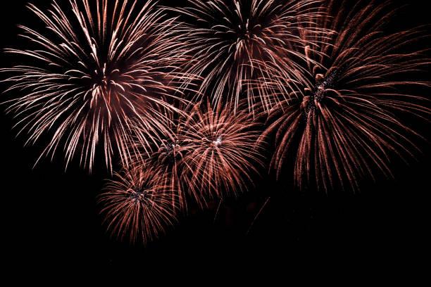 buntes Feuerwerk für Festival, Veranstaltung, Party, Neujahrskonzept Hintergrund – Foto