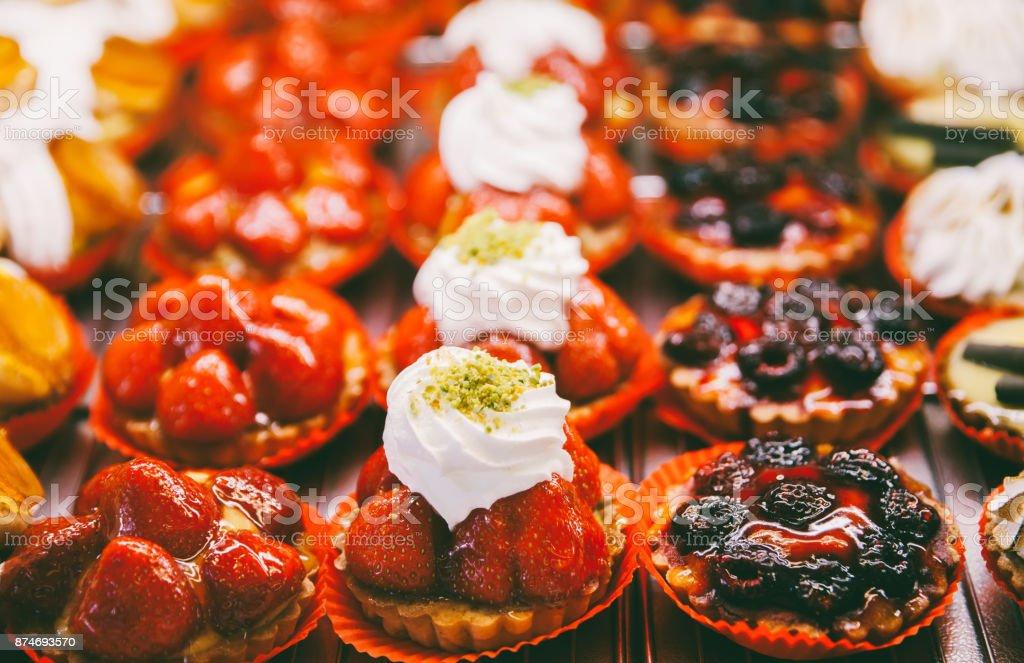 Colorful French pastry - fotografia de stock
