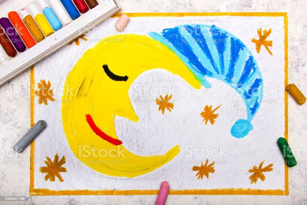Colorful main dessin: Cute dormir la lune en bonnet de nuit rayé - Photo