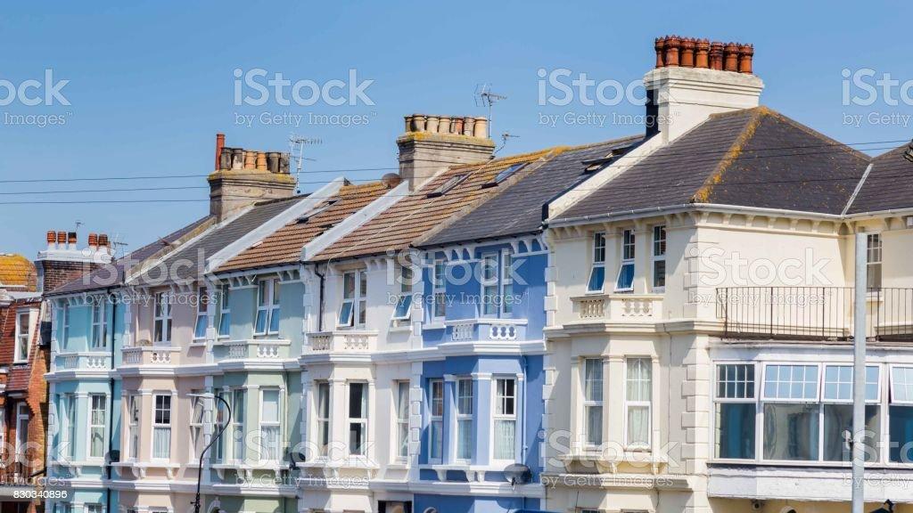 Kleurrijke huizen langs de kust in Eastbourne, Sussex, Verenigd Koninkrijk foto