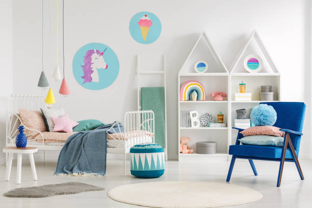 colorful kid's bedroom interior - unicorn bed imagens e fotografias de stock