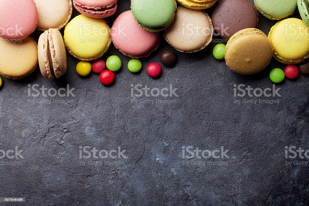 Colorful macaroons and candies. Sweet macarons foto royalty-free