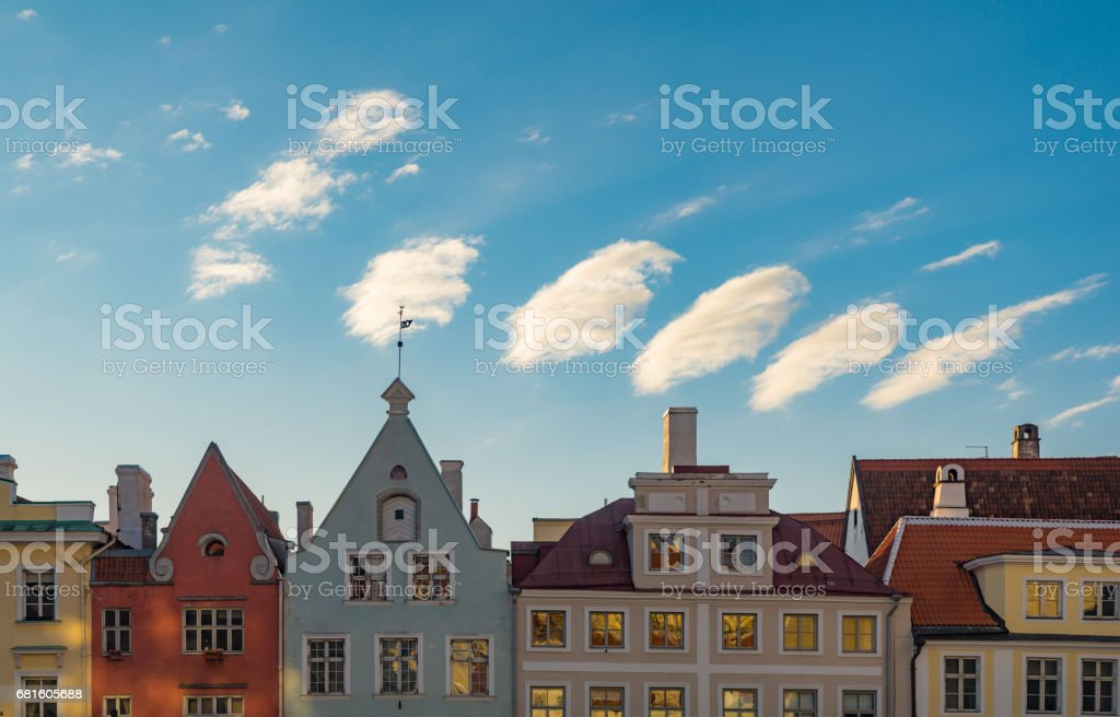 Colorful medieval houses against wonderful morning sky and clouds – Foto