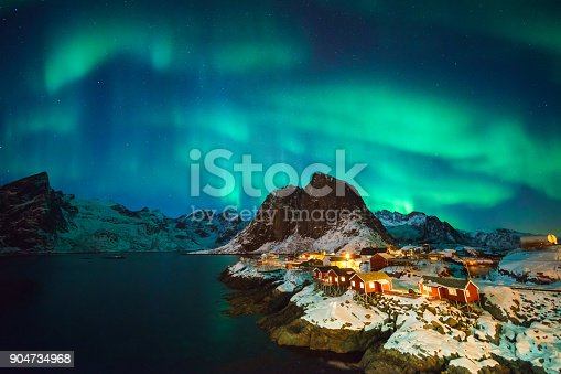 istock Colorful northern lights 904734968